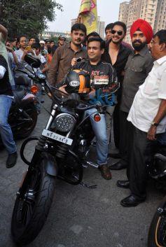 Shreyas Talpade Flag off Harley Davidson bike rally
