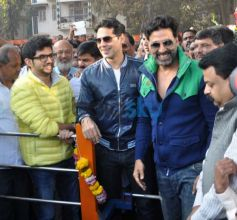 Aaditya Thackeray Akshay Kumar and Dino Morea fittness studio Launch