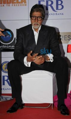 Amitabh Bachchan during Mandela Long Walk to Freedom Premiere