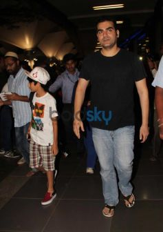 Arbaaz Khan with family Snapped at Airport