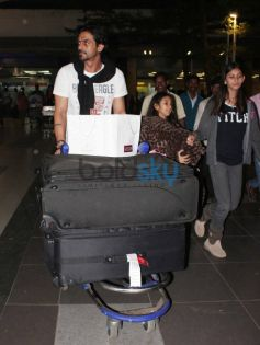 Arjun Rampal Snapped at Airport