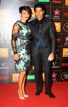 Farhan Khtar stuns at  Star Guild Awards