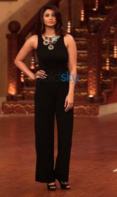 Daisy Shah at Comidy Nights with Kapil Show