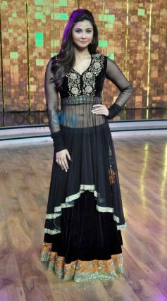 Daisy Shah at Dance India Dance stage
