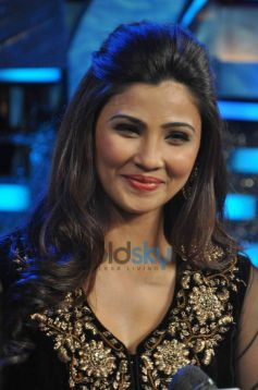 Daisy Shah during Jai Ho Film Promotion at Dance India Dance