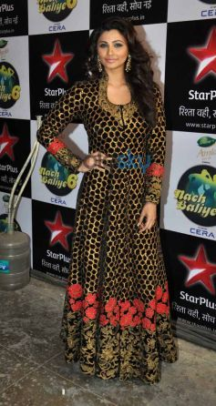 Daisy Shah during Jai Ho Film Promotion On The Sets Of Nach Baliye