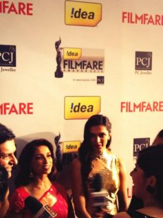 Deepika Padukone on red carpet Filmfare 2014