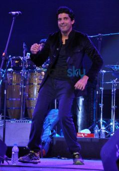 Farhan Akhtar dance moves during performance at ALEGRIA