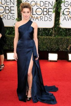 Amber Heard on red carpet at Golden Globe Awards 2014