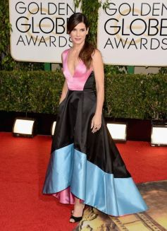 Sandra Bullock on red carpet at Golden Globe Awards 2014