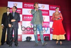 Hrithik Roshan speaking to media during Joyalukkas Jewellery Showroom launch
