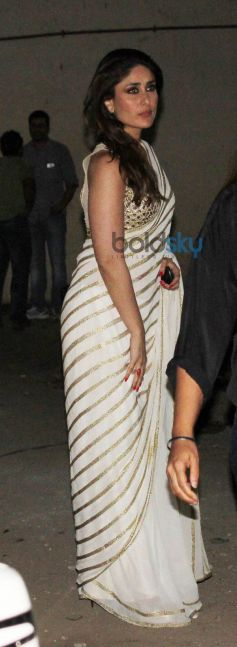 kareena kapoor khan in beautiful saree at Mehbob Studio