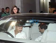 kareena kapoor khan snapped at Mehbob Studio