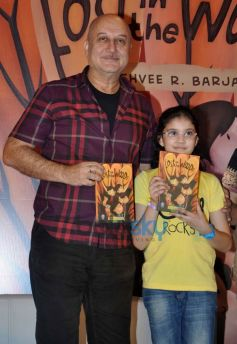 Kashvee R Barjatya and  Anupam Kher during launch