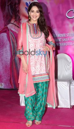 Madhuri Dixit stuns during Gulaab Gang Press Conference