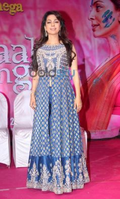 Juhi Chawla stuns during Gulaab Gang Press Conference