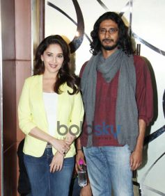 Madhuri Dixit with Abhishek Chaubey during Dedh Ishqiya Promtion