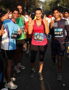Neha Dhupia at Standard Chartered Mumbai Marathon