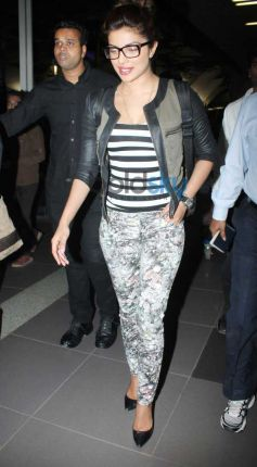 Priyanka Chopra Snapped At The Airport