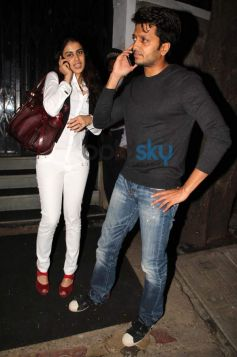 Ritesh Deshmukh and Genelia snapped in Bandra