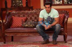 Salman Khan Jai Ho Promotion at Comidy Nights with Kapil Show