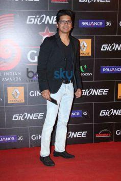 Shaan on red carpet during GiMA Awards 2014