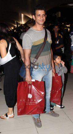 Sharman Joshi Snapped at Airport