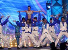 Shraddha Kapoor dance at Mumbai Police's Umang 2014