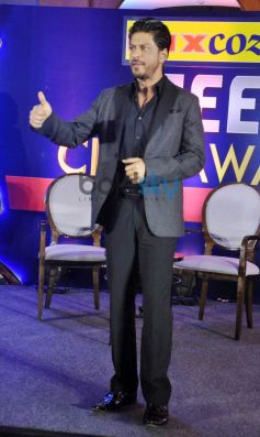 SRK at press meet of Zee Cine Awards 2014