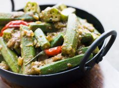 Tangy Bhindi With Besan Recipe