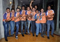 Team Veer Marathi launches Zee Talkies Calender