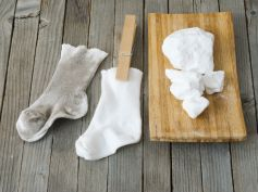Tips To Wash White Socks