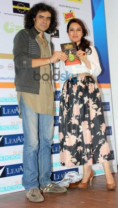 Imtiaz Ali launch Tisca Chopra's ACTING SMART book