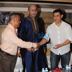 Aamir Khan during launch of book Sagar Movietone