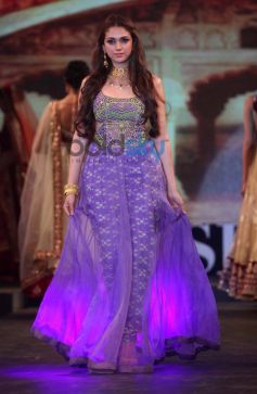 Aditi Rao Hydari  ramp at Launch of Retail Jeweller Indian Trendertter 2014