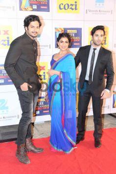 Ali Fazal and Pulkit Samrat with Pallavi Sharda at Zee Cine Awards 2014