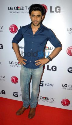 Amit Sadh at Atul kasbekar's photo Exhibition