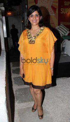 Sonali Kulkarni during Priyanka Sinha's book launch
