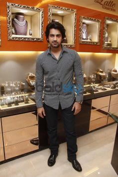 Arjan Bajwa at Launch of Cappuccino Jewellery Store