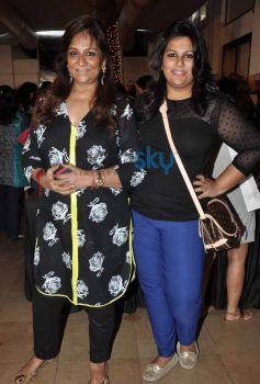 Bollywood celebs at Mana Shetty Araaish exhibition