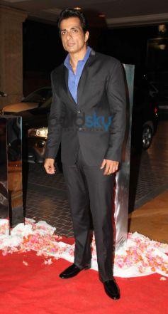 Sonu Sood stuns at Siddarth Kannan Wedding Reception