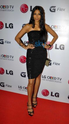 Candice Pinto at Atul kasbekar's photo Exhibition