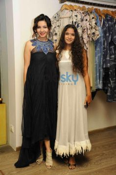 Celebs at Aparna Badlani & Azmina Rahimtoola Summer Preview