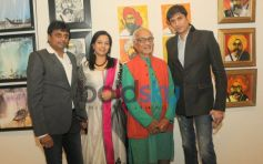 Celebs at That life in Colors exibition