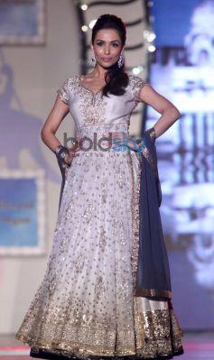 Malaika Arora Khan walk for Manish Malhotra Event