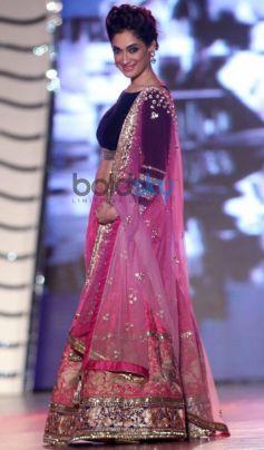 Lucky Morani walk for Manish Malhotra Event