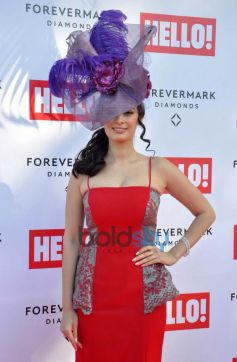 Evelyn Sharma in red stuns at Mahalaxmi Race Course
