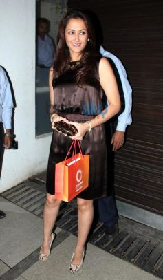 Gayatri Joshi at Simon Khan Arora Birthday Celebration