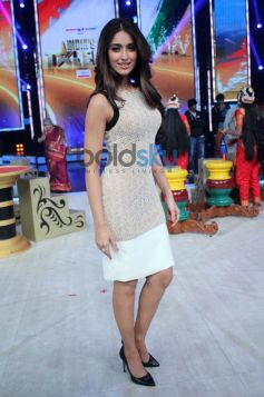 Ileana D'cruz during Mai Tera Hero promotion at India's Got Talent show