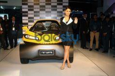 Kareena Kapoor Khan at the unveiling of Tia at Auto Expo 2014